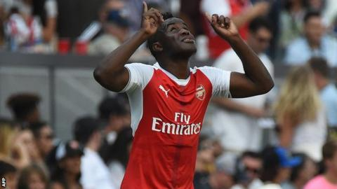 Arsenal confirm Joel Campbell has joined Frosinone