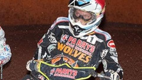 Wolves skipper Freddie Lindgren