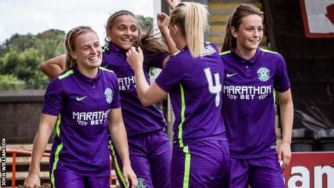 Abigail Harrison scored a hat-trick as Hibs Ladies drew 3-3 with Glasgow City