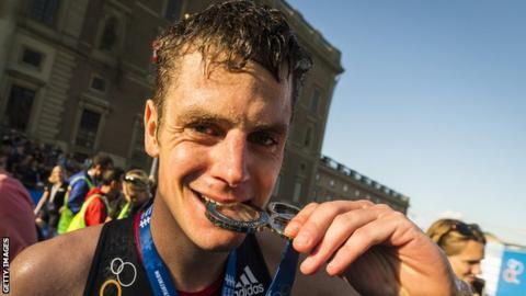 World Triathlon Series: Jonathan Brownlee wins in Edmonton