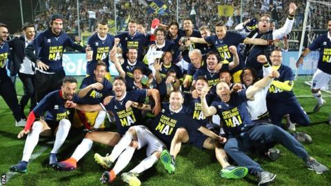 Parma players