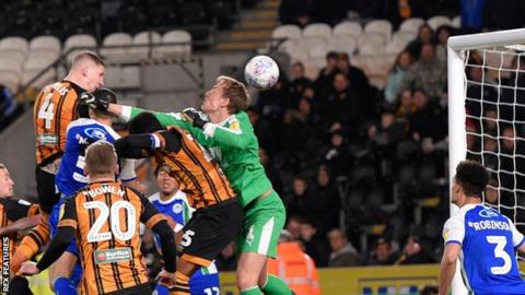 Jordy De Wijs' winner for Hull City moved them up two places to ninth in the Championship