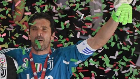 Gianluigi Buffon celebrates winning the Italian Tim Cup (Coppa Italia) final Juventus vs AC Milan at the Olympic stadium on May 9, 2018 in Rome