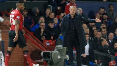 Freedom of speech! Mourinho shrugs off Scholes criticism