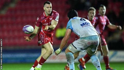 Scrum-half Gareth Davies was one of three of Wales' World Cup stars returning to the Scarlets side