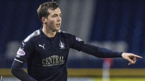 Louis Longridge in action for Falkirk