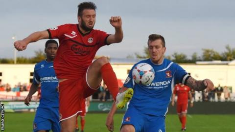 Truro City lost at home to Hayes and Yeading on Tuesday