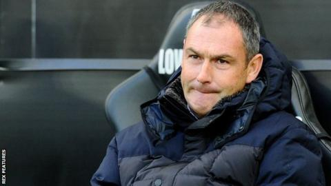 Reading: Under-pressure Paul Clement 'will continue to fight' for club