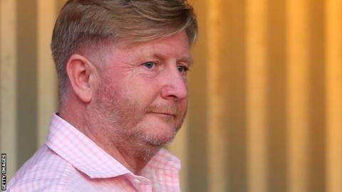 Boreham Wood chairman Danny Hunter