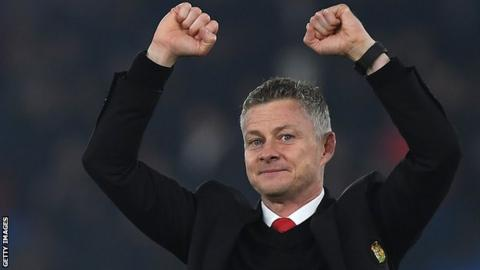 Solskjaer defends Man United playing style after Van Gaal jibe