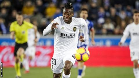 Michy Batshuayi playing for Valencia