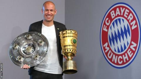Dutch winger Robben retires after 19 years