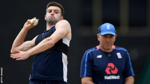 England bowler Mark Wood and bowling coach Chris Silverwood during training