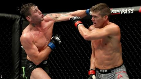 Darren Till beats Stephen Thompson