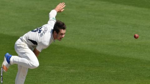 Hilton Cartwright bowls for Middlesex