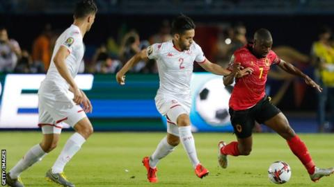 Djalma in action for Angola