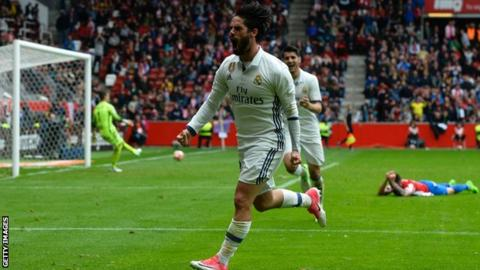 24b8fbdb646 Isco has scored nine goals for Real this season including a last-minute  winner against Sporting Gijon this month