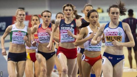 Laura Muir running in Glasgow