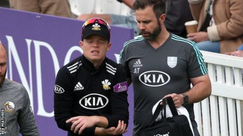 Surrey's Ollie Pope dislocates shoulder against Essex