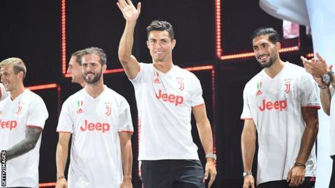 เสื้อใหม่ของยูเวนตุส Cristiano Ronaldo