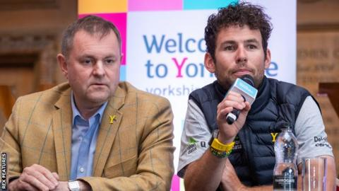 Sir Gary Verity and Mark Cavendish at the launch of the 2018 Tour de Yorkshire