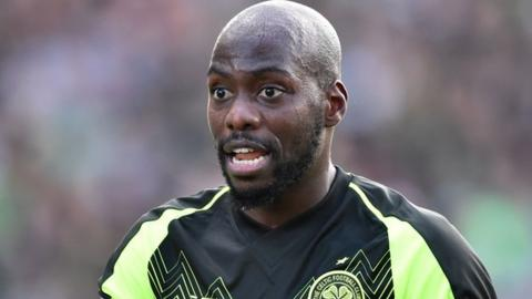Mulumbu departs Celtic one year in to contract