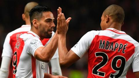 Monaco east past Lille thanks to Radamel Falcao's two goals