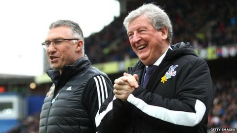 Crystal Palace manager Roy Hodgson speaks with Watford manager Nigel Pearson