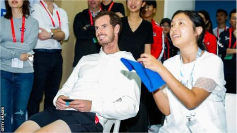 Andy Murray took on a fan at the China Open last year