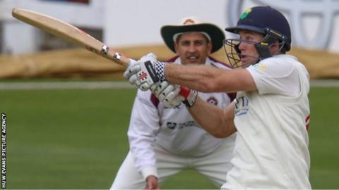 Colin Ingram hits out for Glamorgan