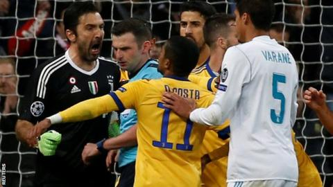 Busacca scolds Buffon for Real ref comme