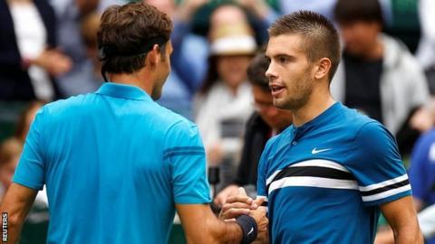 Federer congratulates Coric