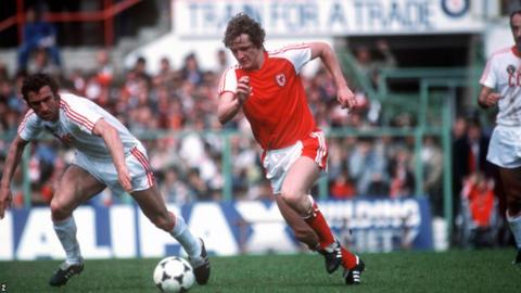 Wales held a powerful Soviet Union side to a goalless draw in May 1981.