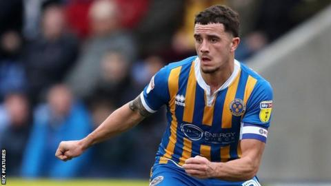 Ollie Norburn in action for Shrewsbury Town