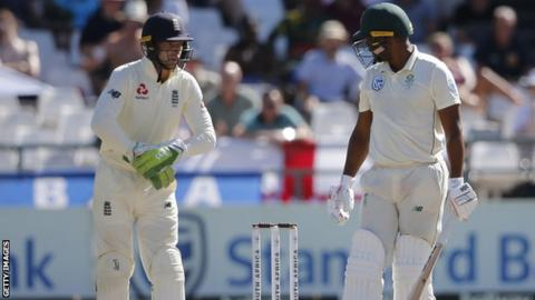 Buttler fined for angry Philander outburst