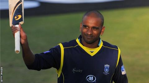 Dimitri Mascarenhas waves farewell in his final season with Hampshire