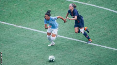 Nadia Nadim in action for Manchester City Women against Paris St-Germain