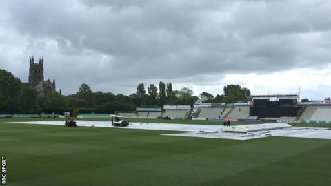 Two complete days were washed out in the Worcestershire-Lancashire game at New Road