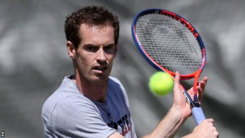 Murray warms up with Rooney ahead of possible Edmund clash
