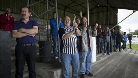 Elgin supporters