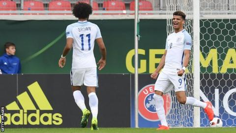 Dominic Solanke celebrates