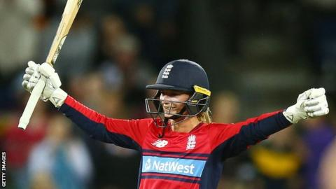 Women's T20I: England beat India with record chase