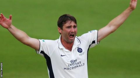 Tim Murtagh in action for Middlesex