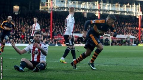 Dwight Gayle put Newcastle in front with his 20th goal of the season after 20 minute