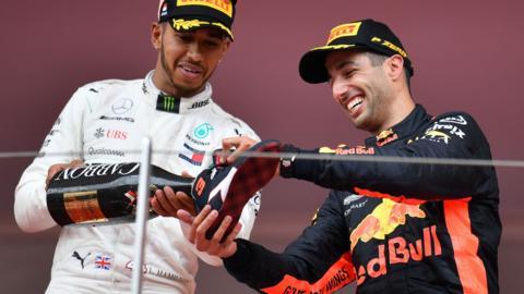 Lewis Hamilton with Daniel Ricciardo