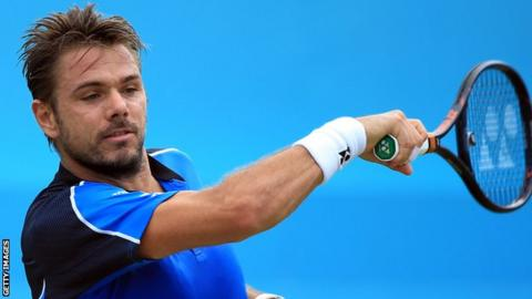 Wawrinka off to a solid start at Queen's