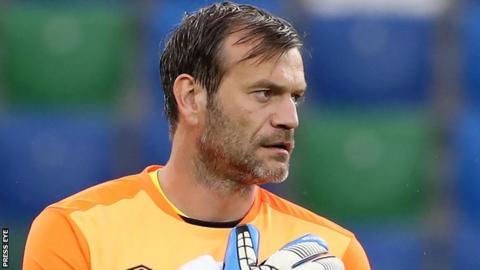 Linfield goalkeeper Roy Carroll