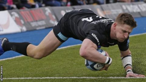 David Strettle scores a try for Saracens