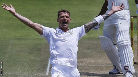 Dale Steyn appeals for a wicket