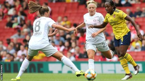 Arsenal's Danielle Carter in action against Bayern Munich